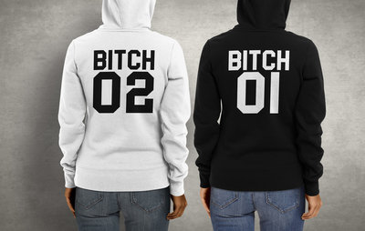 BITCH set van 2 hoodies